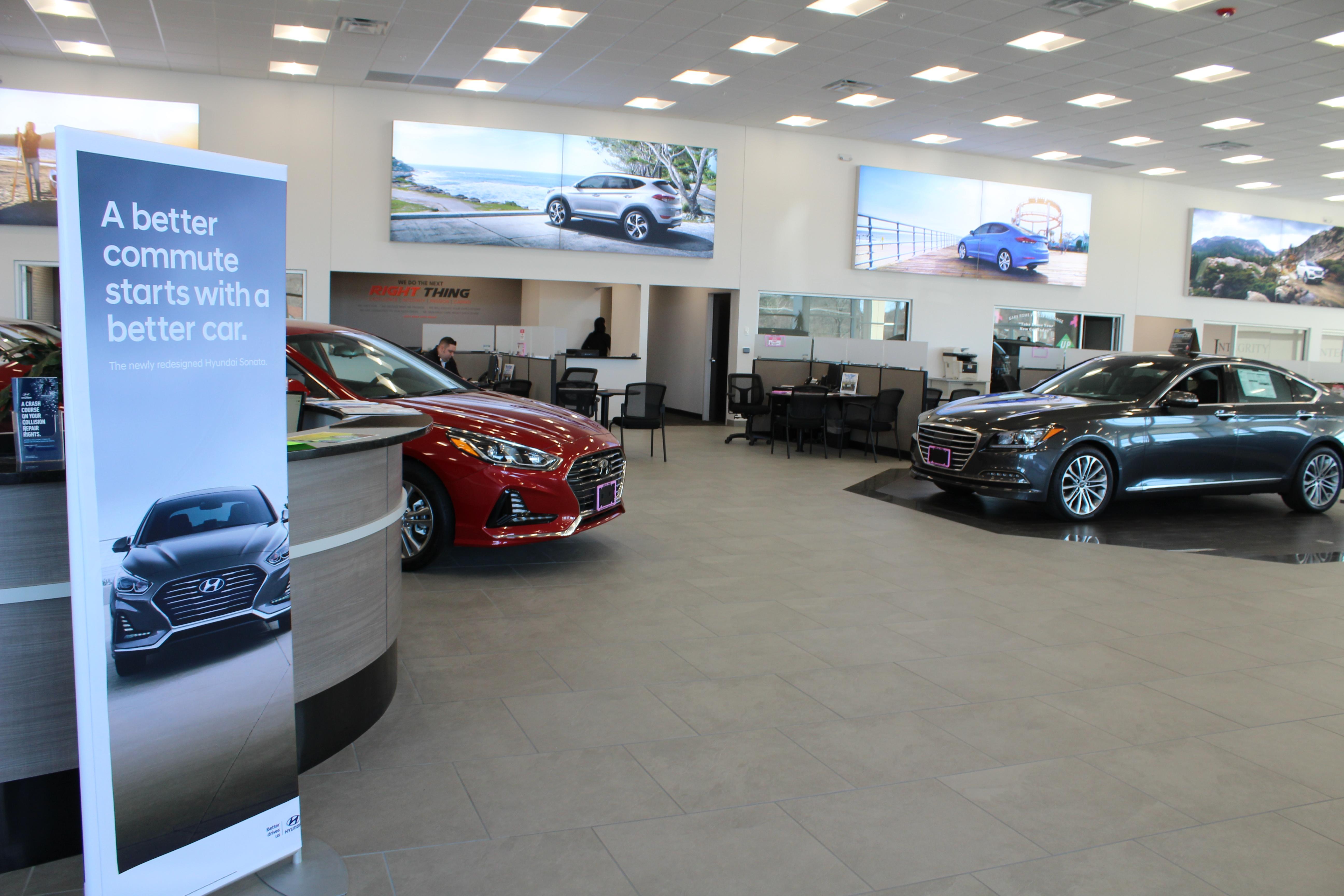 Gary Rome Hyundai - showroom.